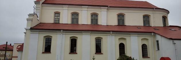 Remont elewacji podominikańskiego klasztoru w Nowogródku na Białorusi